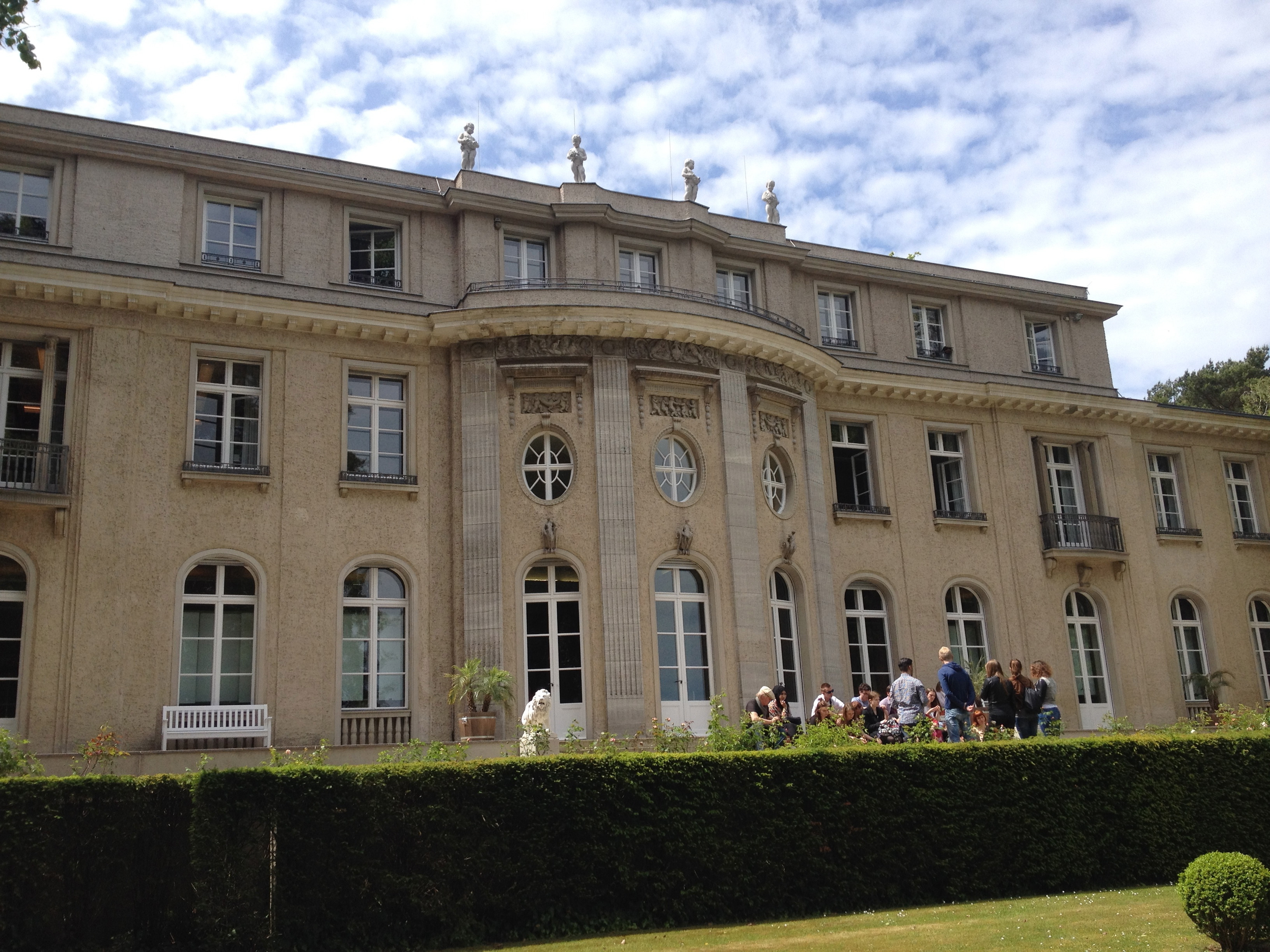 Haus Der Wannseekonferenz  Oberschule am Leibnizplatz