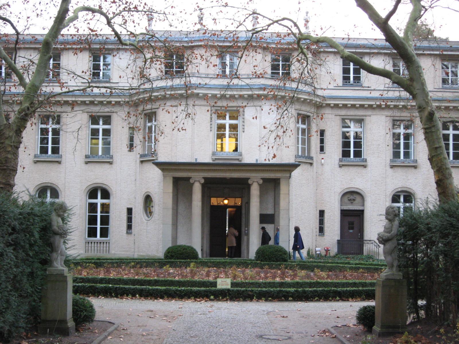 Haus Der Wannseekonferenz  File Haus der Wannsee Konferenz Wikimedia mons