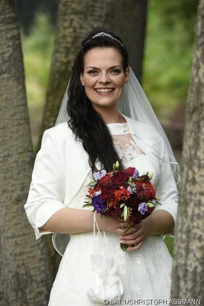 """Hochzeit Auf Den Ersten Blick Nane  """"Hochzeit auf den ersten Blick"""" Hier zeigt Romy ihr"""