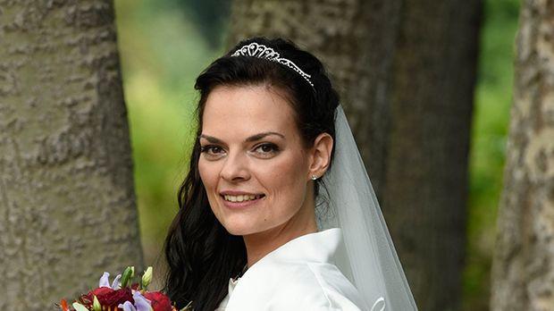 Hochzeit Auf Den Ersten Blick Nane  Hochzeit auf den ersten Blick Romy 29 Sat 1
