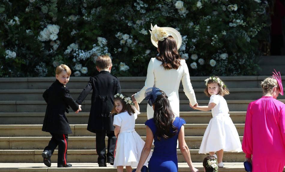 Hochzeit Harry Meghan Kate  Prinz George & Prinzessin Charlotte verzaubern als