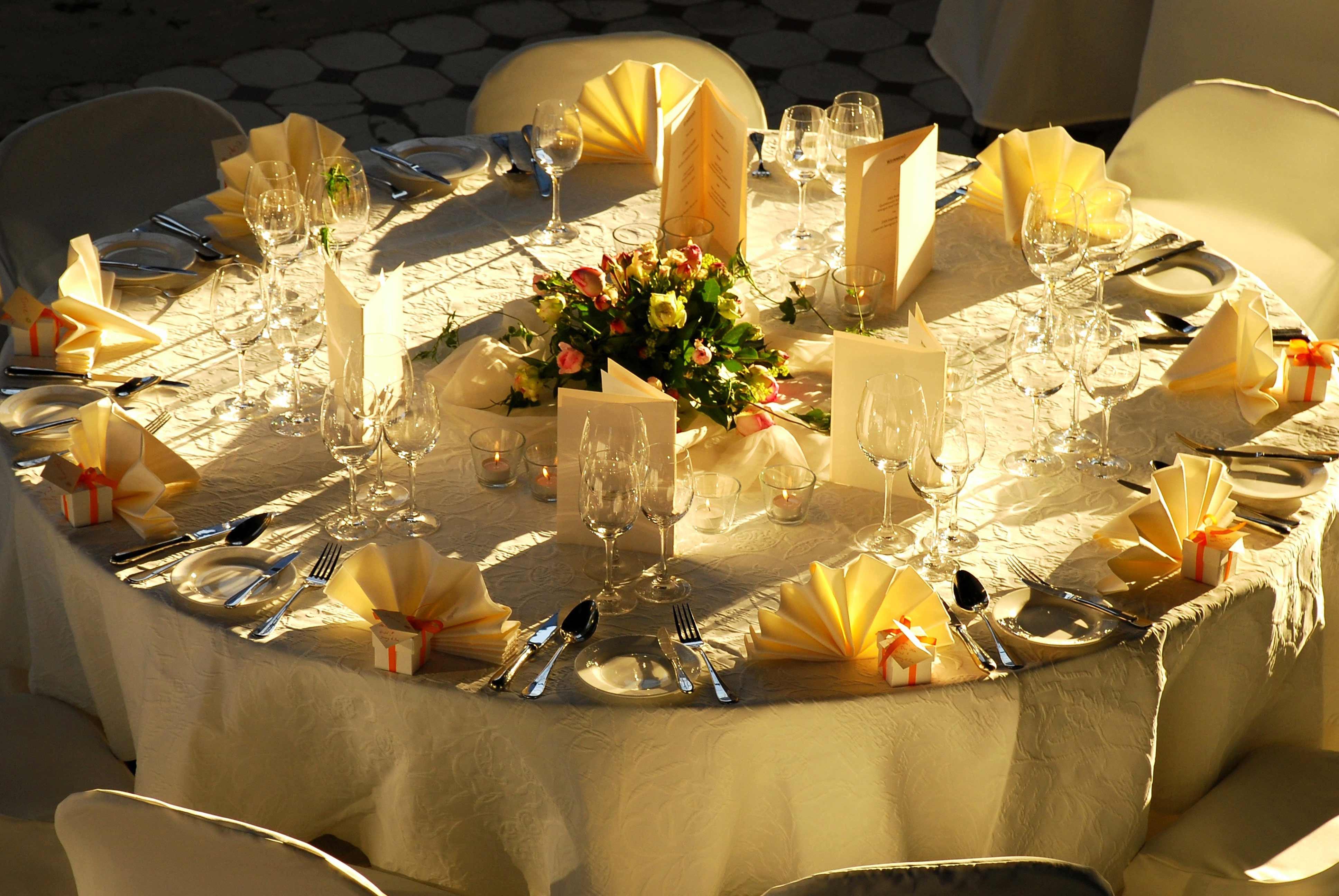 Hochzeit Tisch  Hochzeit Blumendeko runder Tisch Bildergalerie