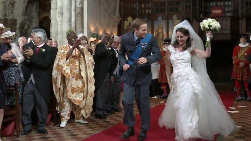 Hochzeit William Und Kate  Kate und William tanzen im Werbespot zum Altar Hochzeit