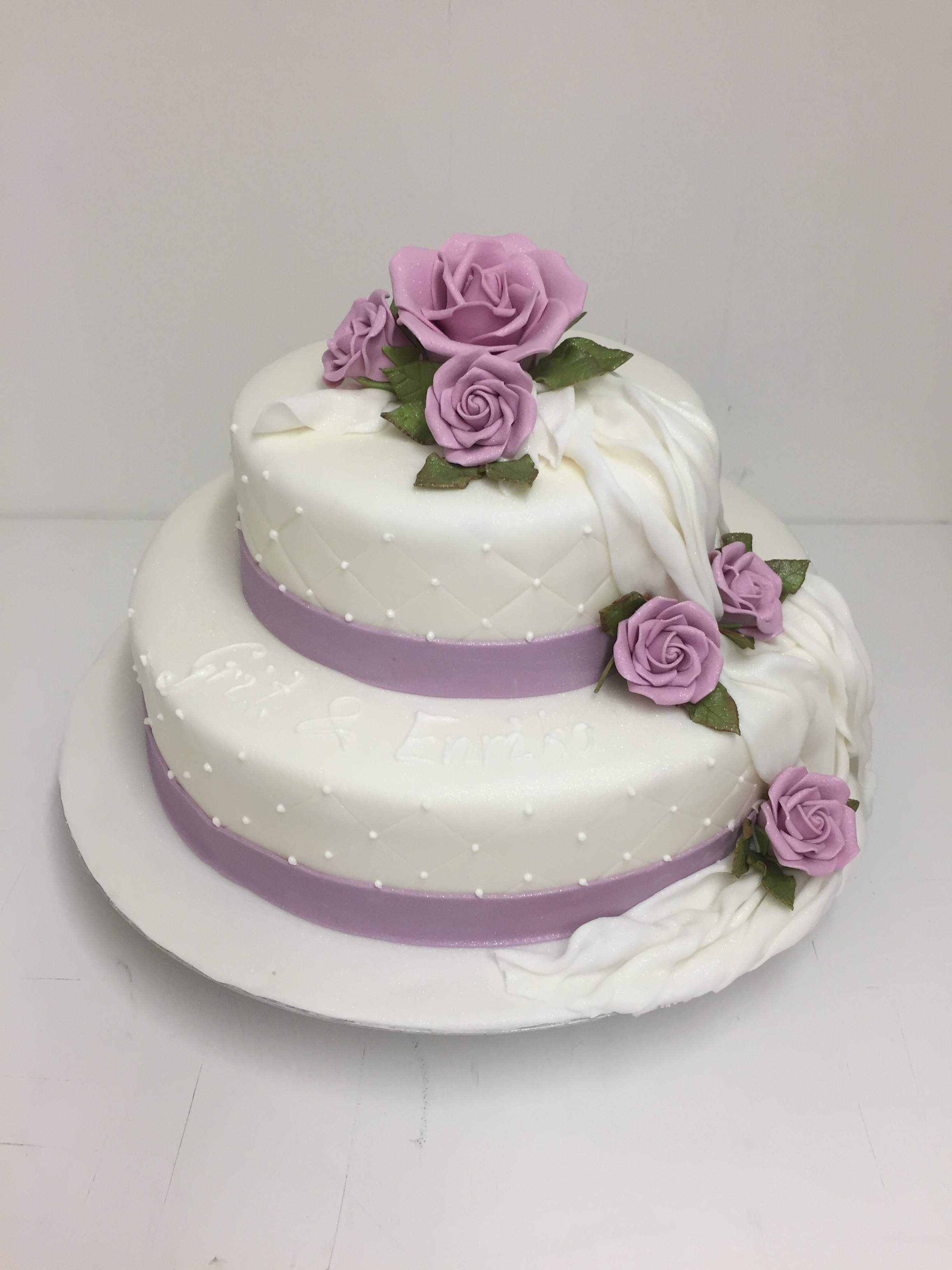 Hochzeitstorte Günstig Online Bestellen  Prachtvolle Hochzeitstorten in allen Größen