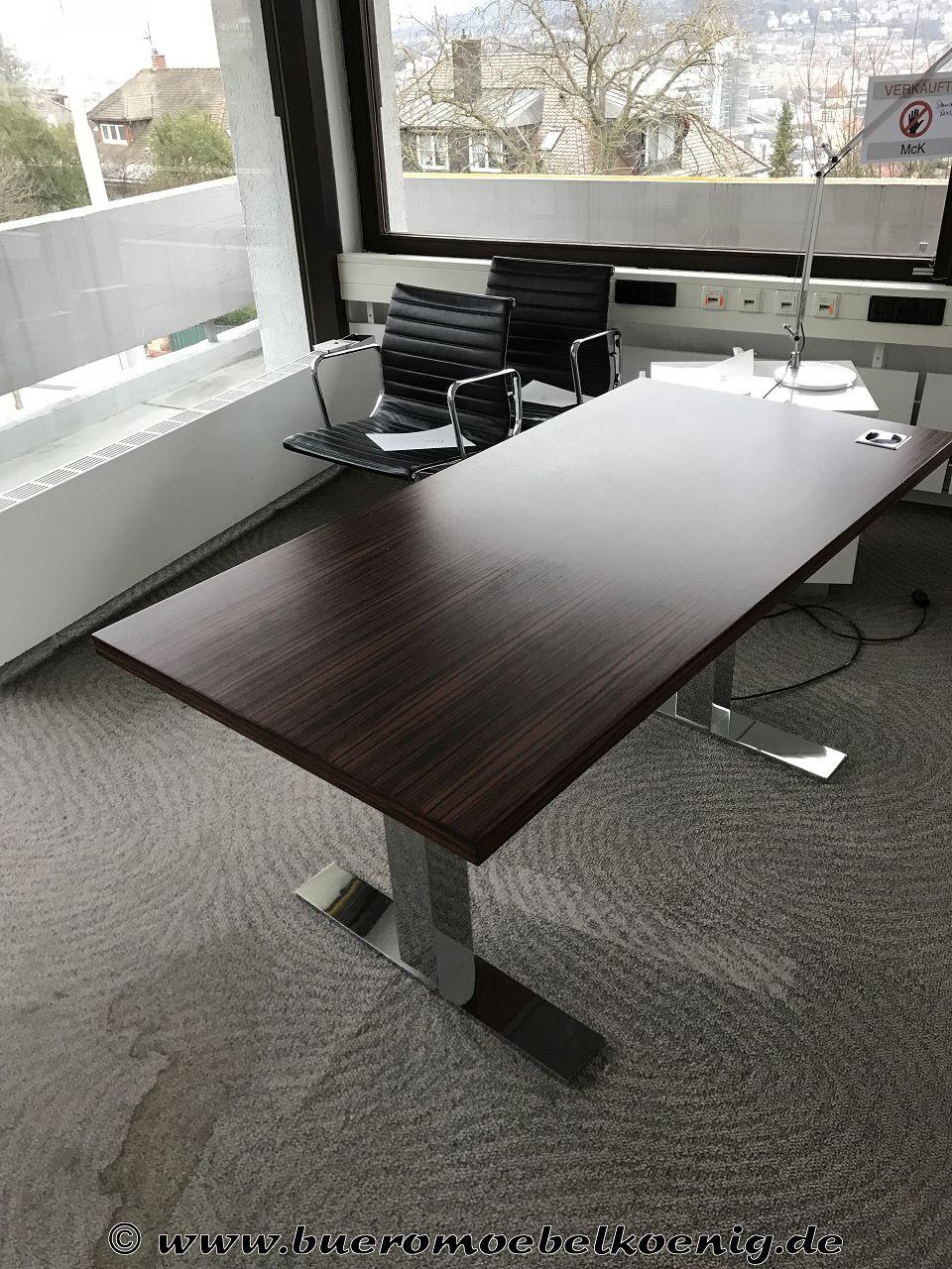 Höhenverstellbarer Schreibtisch Elektrisch  Elektrisch höhenverstellbarer Schreibtisch von spiegels