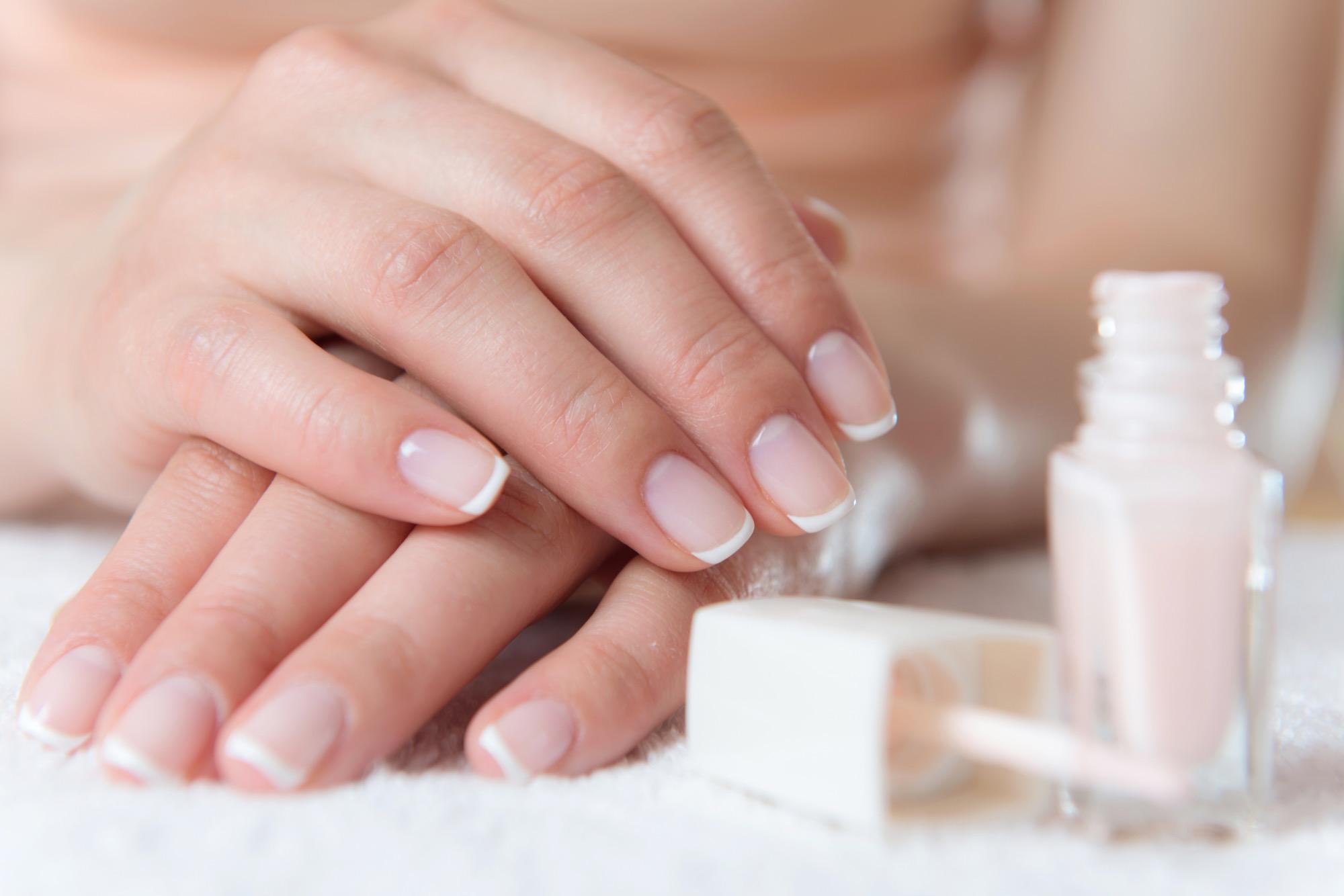 Kosten Maniküre  Beauty 1x1 French Nails Schritt für Schritt erklärt