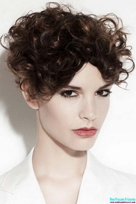 Kurze Locken Frisuren  Kurze locken frisuren 2016