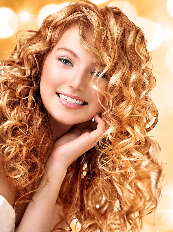 Lockige Haare Frisuren  Rote lockige Haare