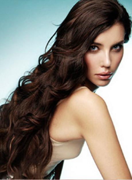 Lockige Haare Frisuren  Frisuren lange lockige haare