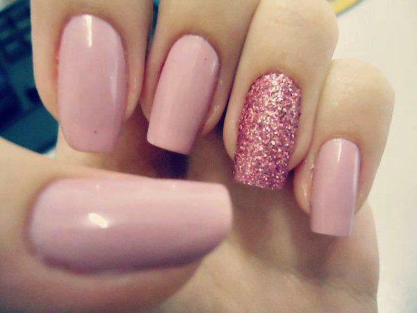 Nageldesign Sommerfarben  schlichte nägel rosa glitzer Fingernägel