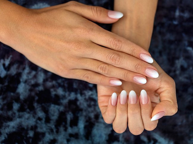 Neue Nageldesign Bilder  Der neue Beauty Trend auf Pinterest Babyboomer Nägel