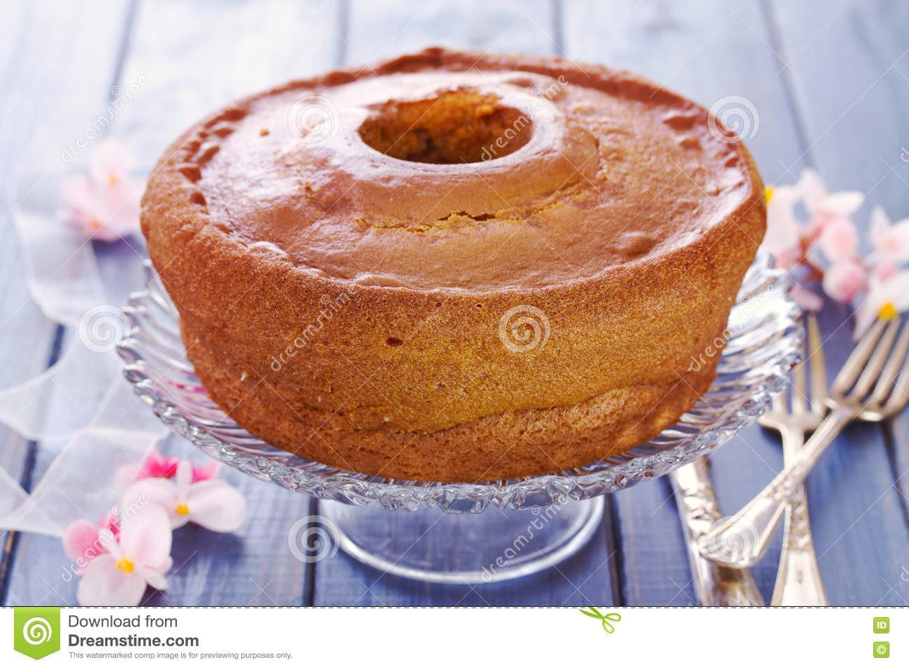 Portugiesischer Kuchen  Portugiesischer Traditioneller Kuchen Pao De Lo Stockbild