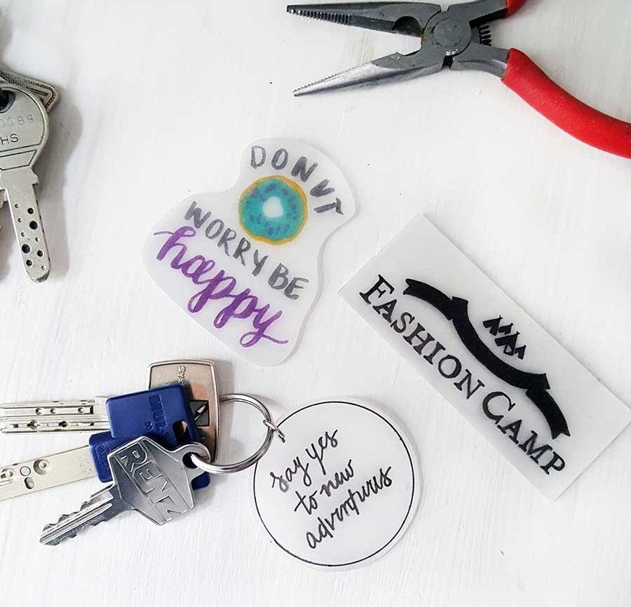 Schrumpffolie Diy  DIY Schlüsselanhänger – Die Schrumpffolie feiert ein