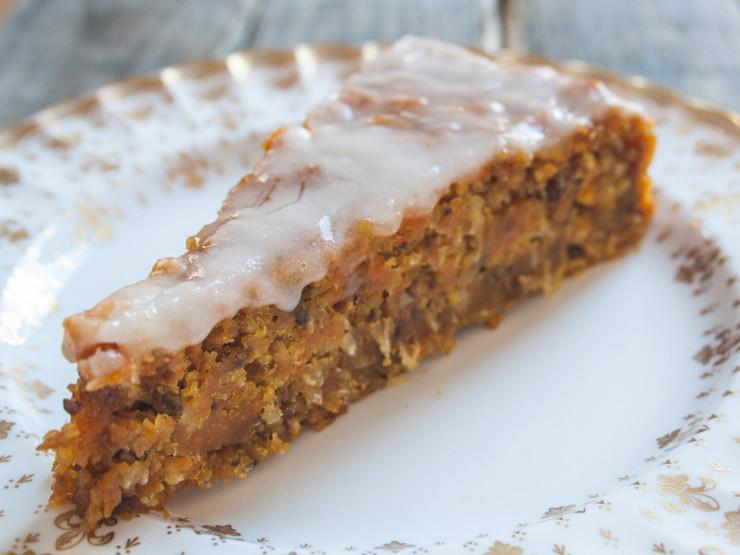 Vegan Kuchen  veganer Möhren Kuchen zum Osterfest The Ve arian Diaries