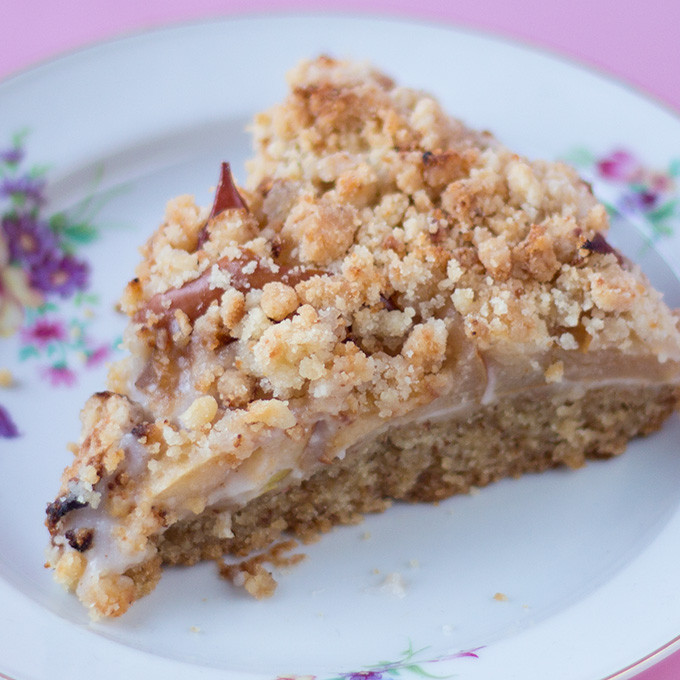 Vegan Kuchen  Apfel Mandelcreme Kuchen mit Streuseln vegan – Cake