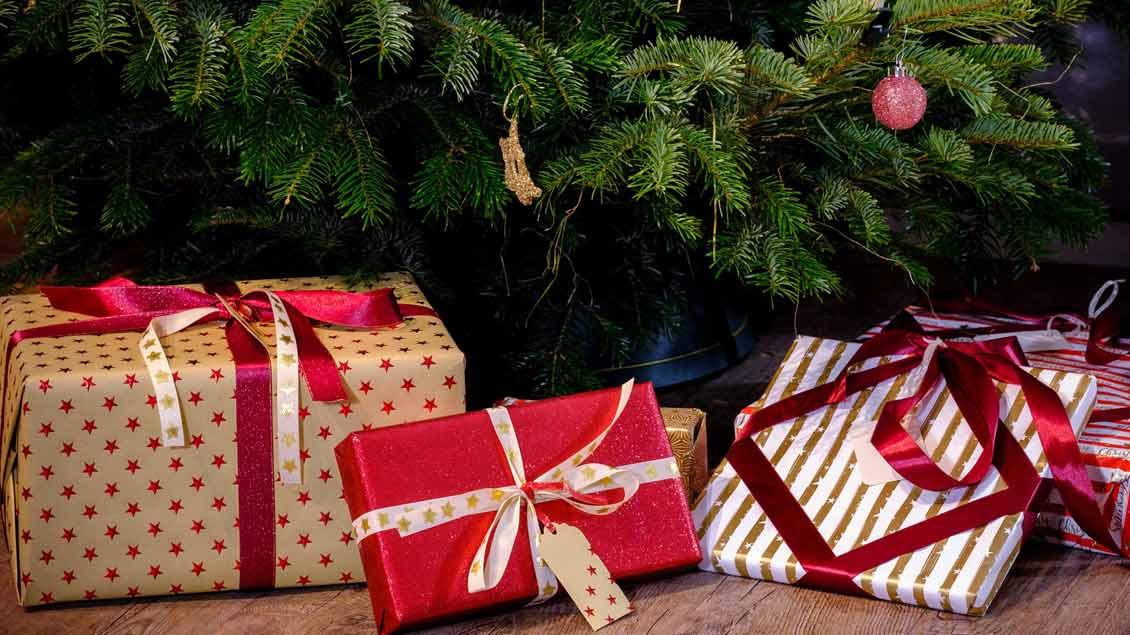 Wer Bringt Die Geschenke In Spanien?  Umfrage Wer bringt Weihnachtsgeschenke Kirche Leben