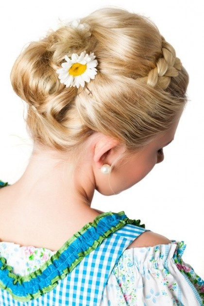 Wiesn Frisuren Kurze Haare  Oktoberfest frisuren für kurze haare