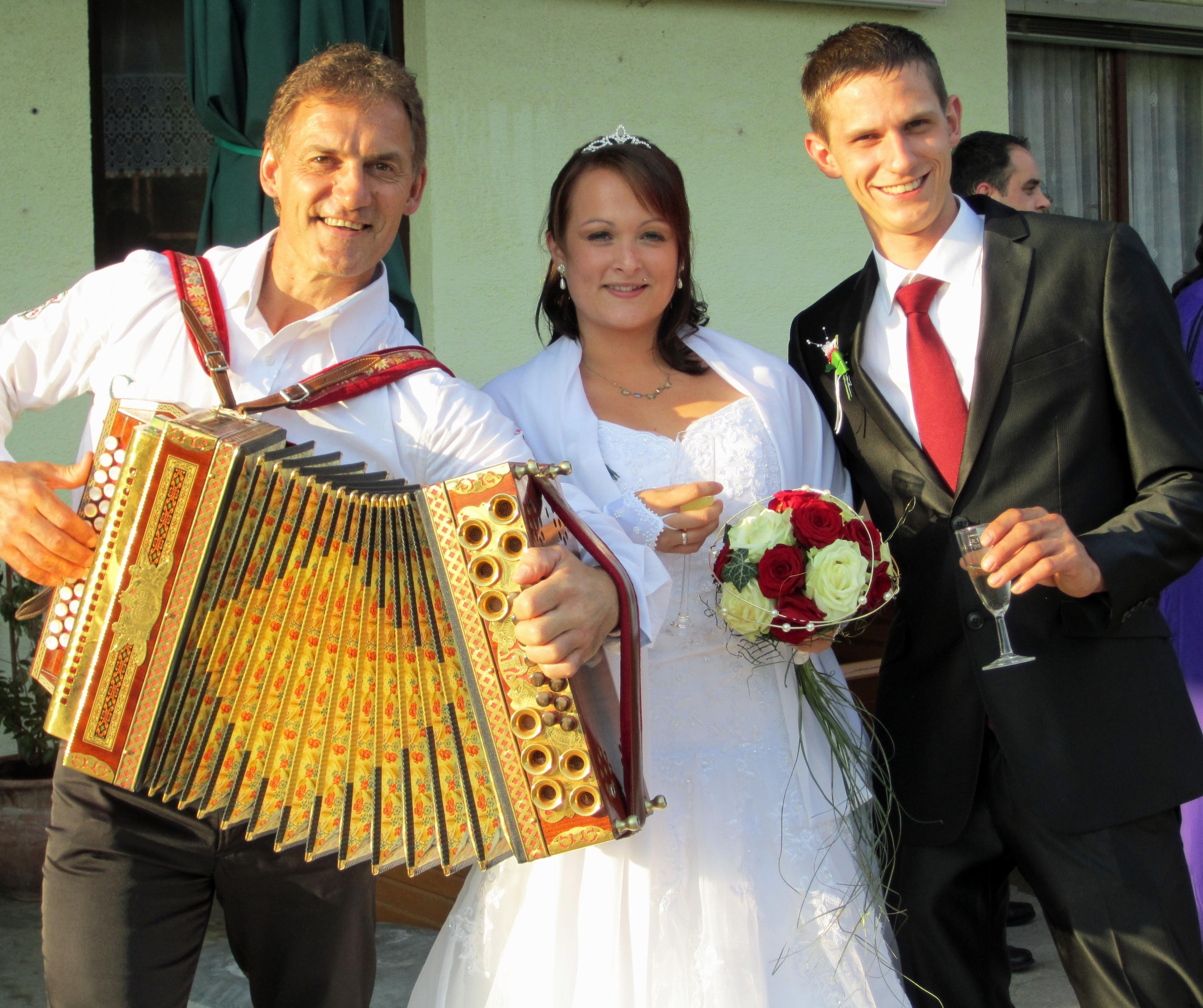 Alleinunterhalter Hochzeit  Alleinunterhalter Anton aus Berndorf bei Feldbach Ihr