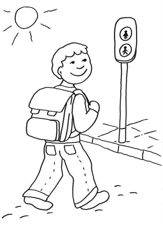 Ausmalbilder Verkehrserziehung  Kostenlose Malvorlage Zweite Klasse Schulkind überquert