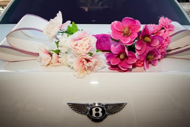 Autoschmuck Für Hochzeit  Autoschmuck für Hochzeit 55 Dekoideen mit Blumen
