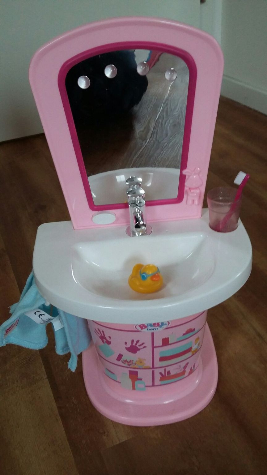 Baby Born Waschbecken  BABY Born – Waschbecken Puppenzubehör – bmedia