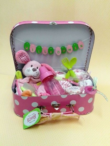 Baby Geschenke Basteln  Baby erster Koffer Geschenke zur Geburt