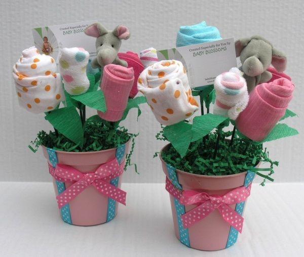 Baby Geschenke Mädchen  babyparty geschenke blumenstrauss baby socken selber