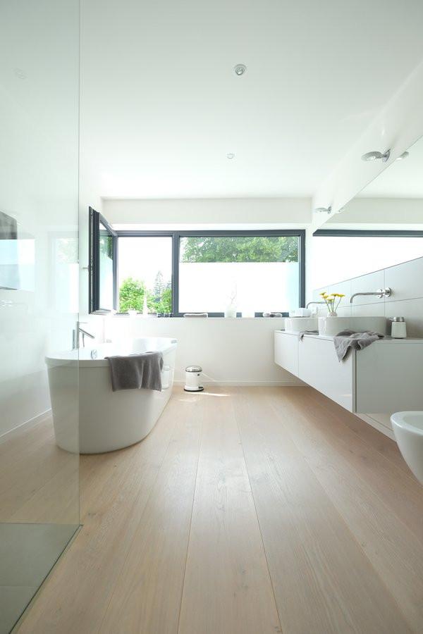 Badezimmer Bilder  Moderne Badezimmer
