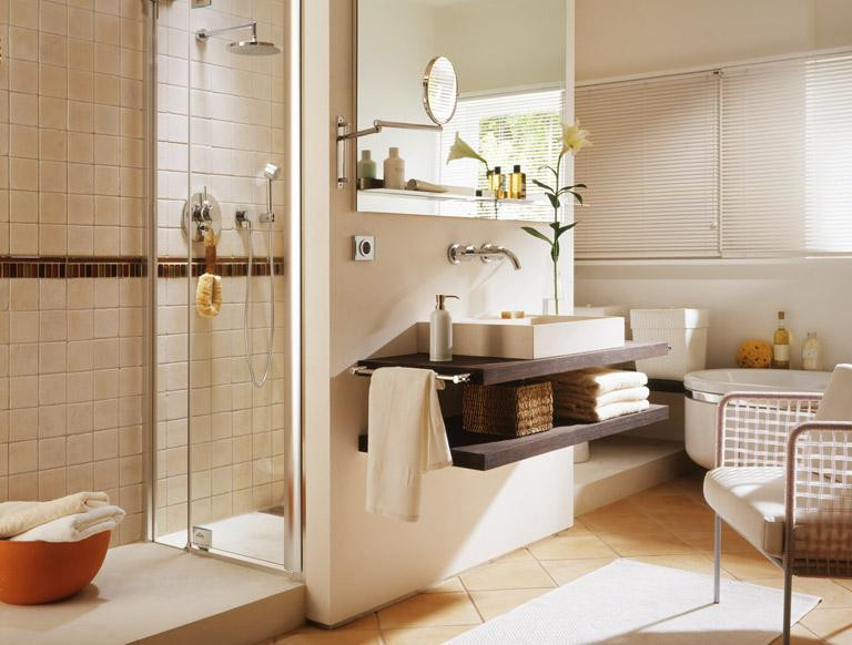 Badezimmer Einrichten  Vorher Nachher Großes Badezimmer wird wohnlich [SCHÖNER