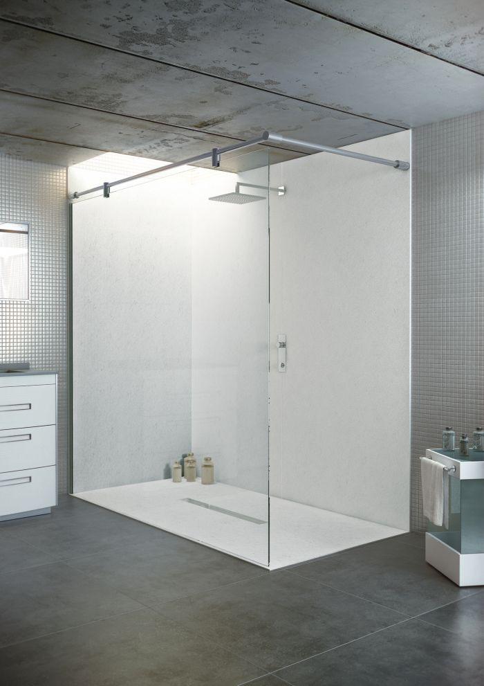 Begehbare Dusche  bodengleiche Duschwanne mit Duschrinne 140x100 aus
