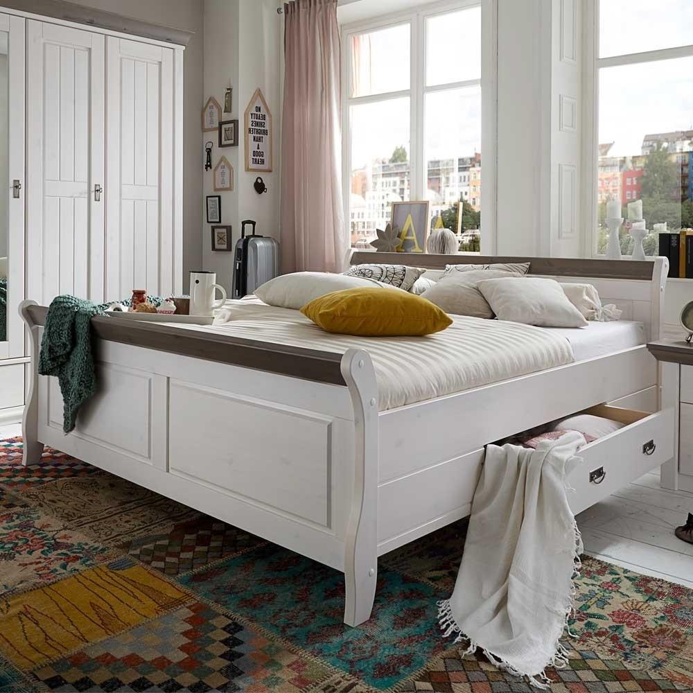 Bett 200x220  Bett Caneon in Weiß Grau im Landhaus Design