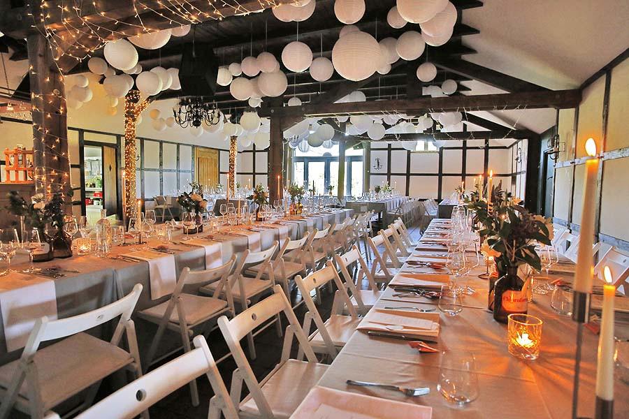 Beverland Hochzeit  große Scheune Hof Beverland