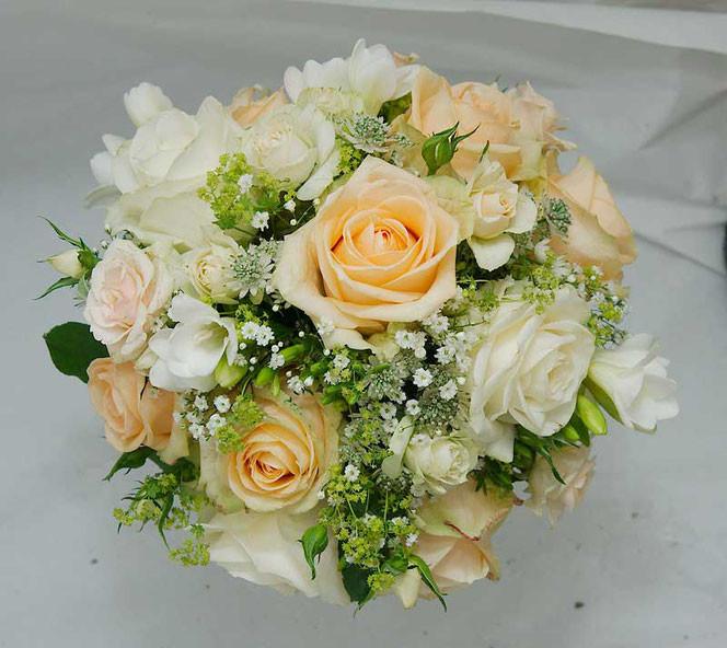 Brautstrauß Bestellen  Brautstrauß in Wien bestellen vintage oder klassisch