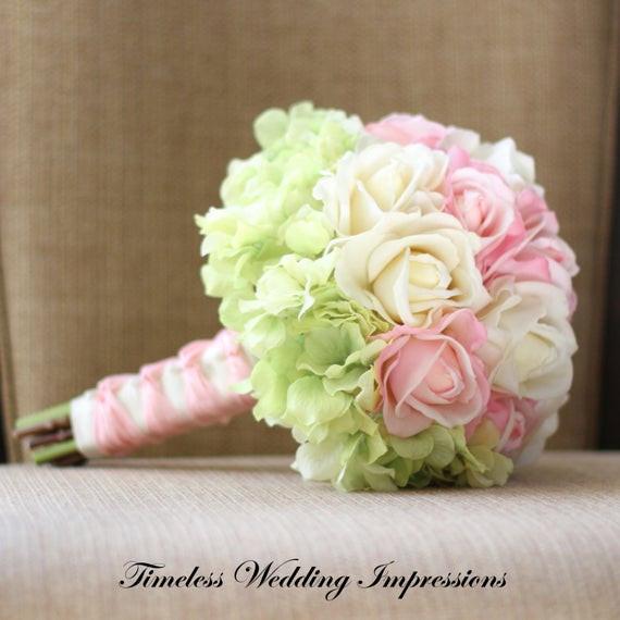 Brautstrauß Hortensien  Articoli simili a Rose ortensie Bouquet da sposa vero