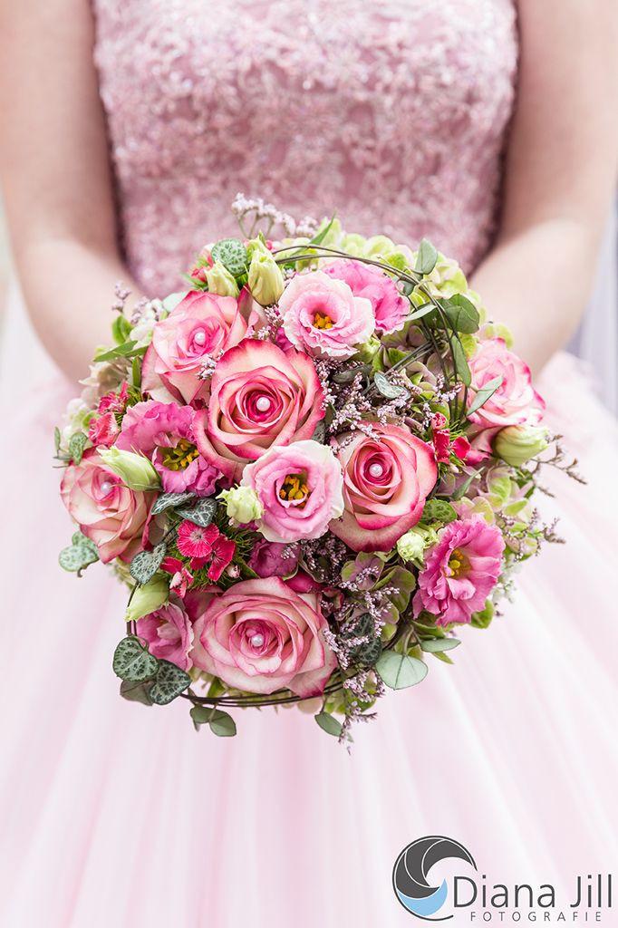 Brautstrauß Hortensien  Die besten 25 Brautstrauss rosen hortensien Ideen auf