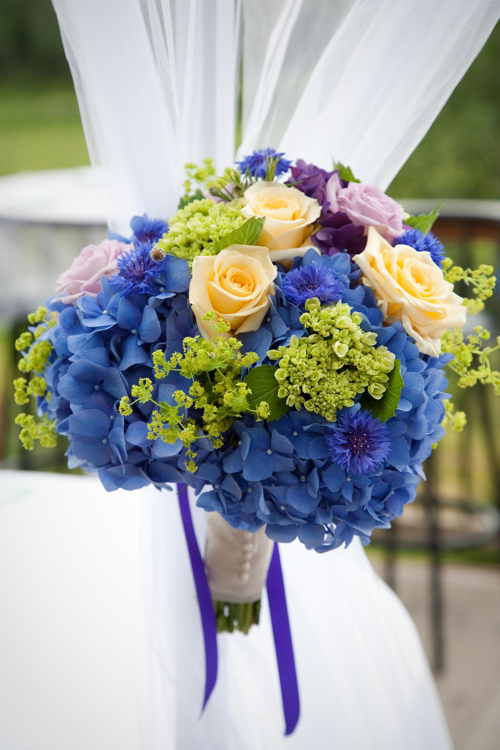 Brautstrauß Hortensien  Brautstrauß mit blauen Hortensien Heiraten mit braut