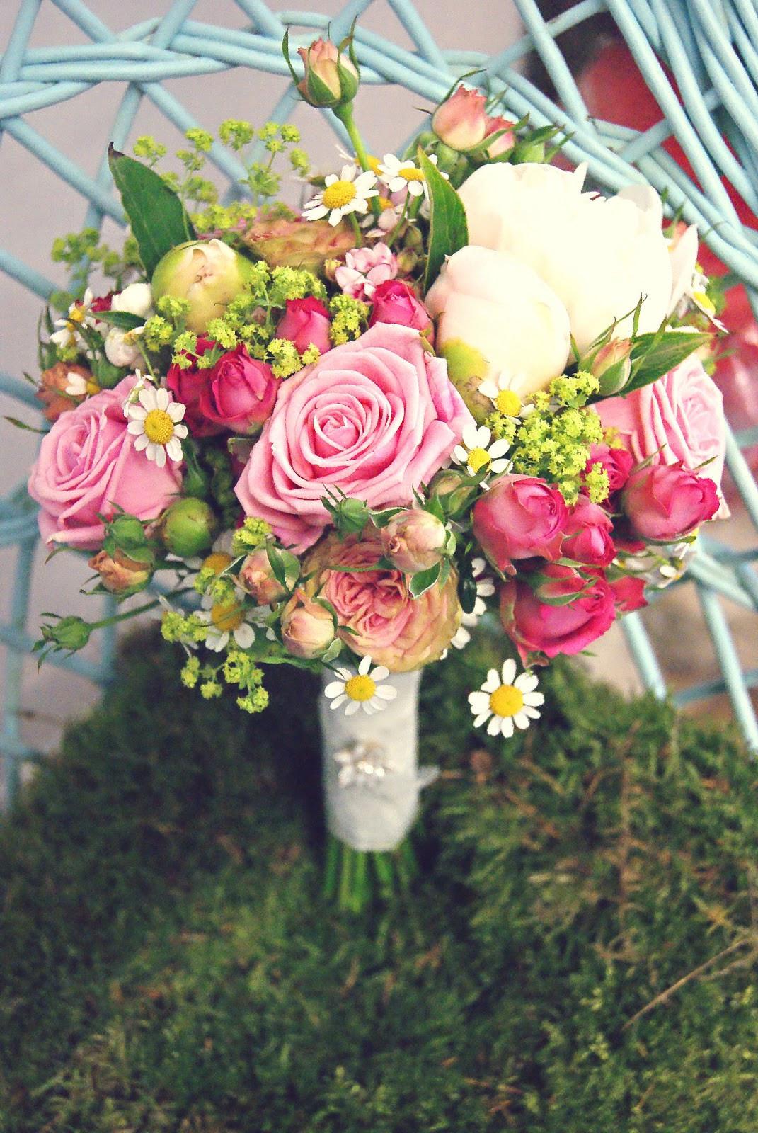 Brautstrauß Juni  Inspirationsseite von Blattgold Juni 2013