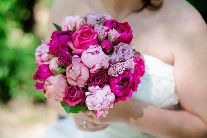 Brautstrauß Juni  Pfingstrosen Brautstrauß in tollem Pink Rosa