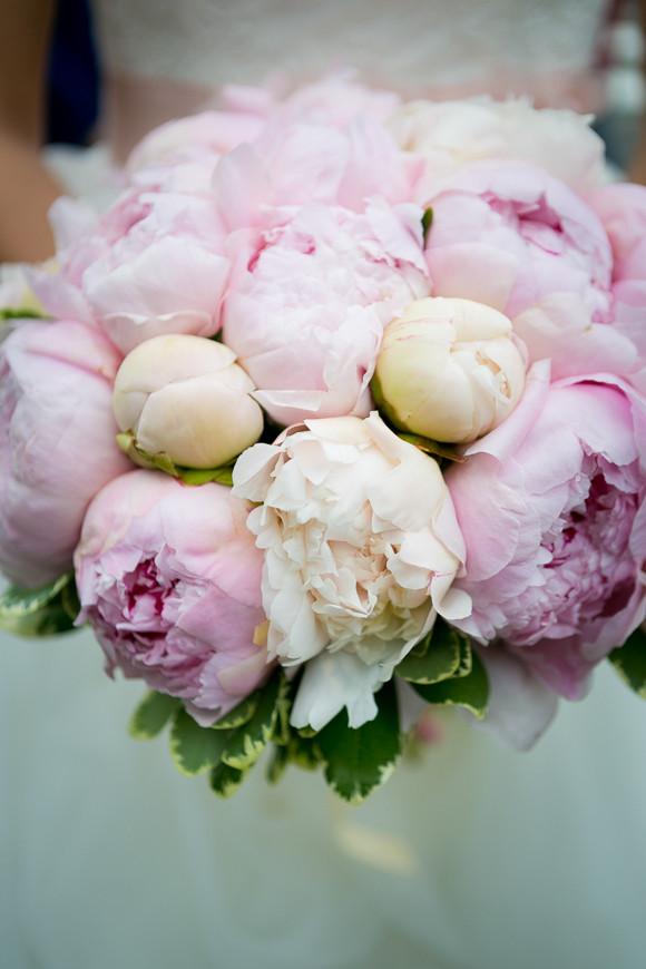 Brautstrauß Juni  Mein Brautkleid Accessoires und der Brautstrauss
