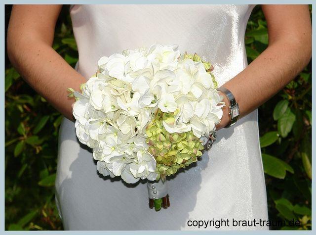 Brautstrauß Mit Hortensien  Brautstrauß real touch