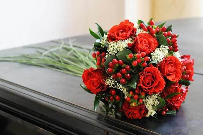 Brautstrauß Rot  Brautstrauß Rosen rot Bildergalerie Hochzeitsportal24