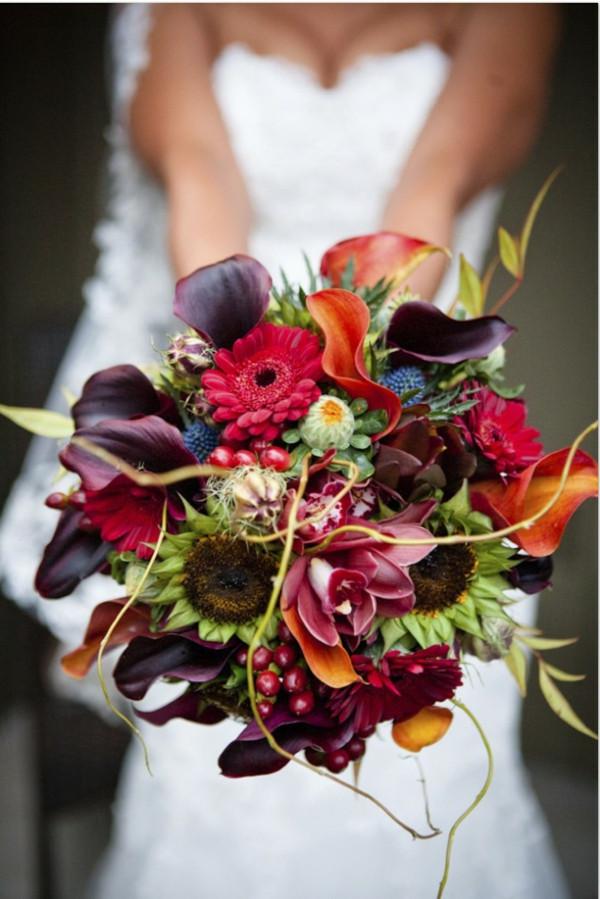 Brautstrauß Rot  Erstaunliche Brautstrauß Ideen im Herbst