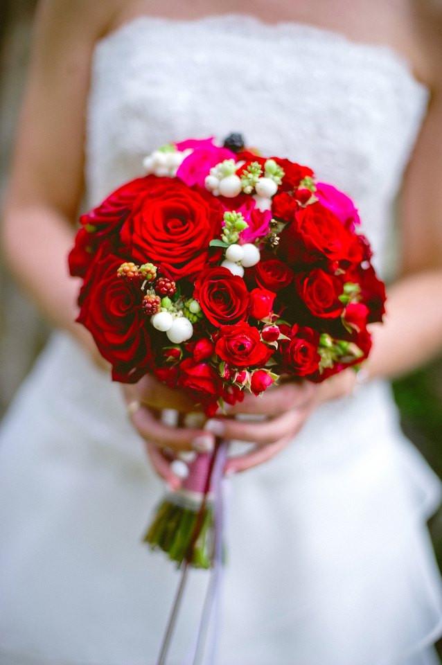 Brautstrauß Rote Rosen  brautstrauss