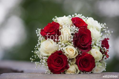 """Brautstrauß Rote Rosen  """"Brautstrauss weisse und rote Rosen"""" Fotos de archivo e"""