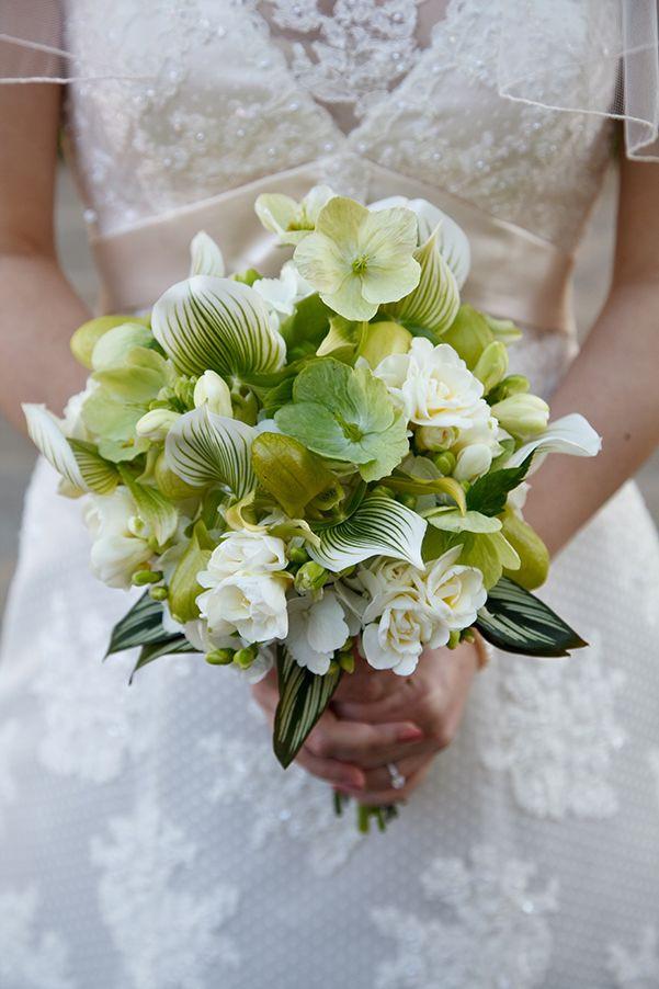 Brautstrauß Weiß  Brautstrauß Weiß und grün