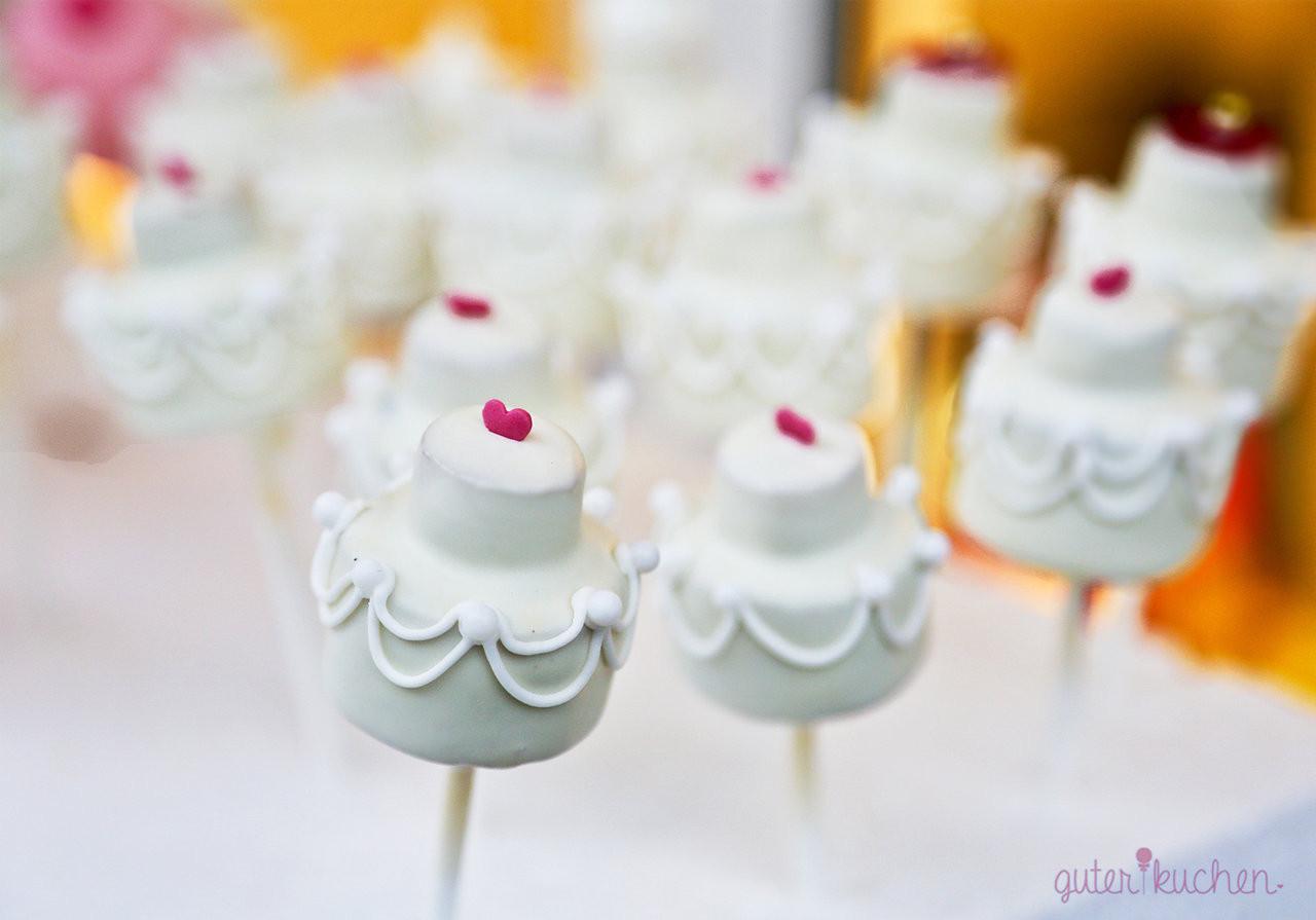 Cake Pop Hochzeit  Cake Pops Hochzeitstorte