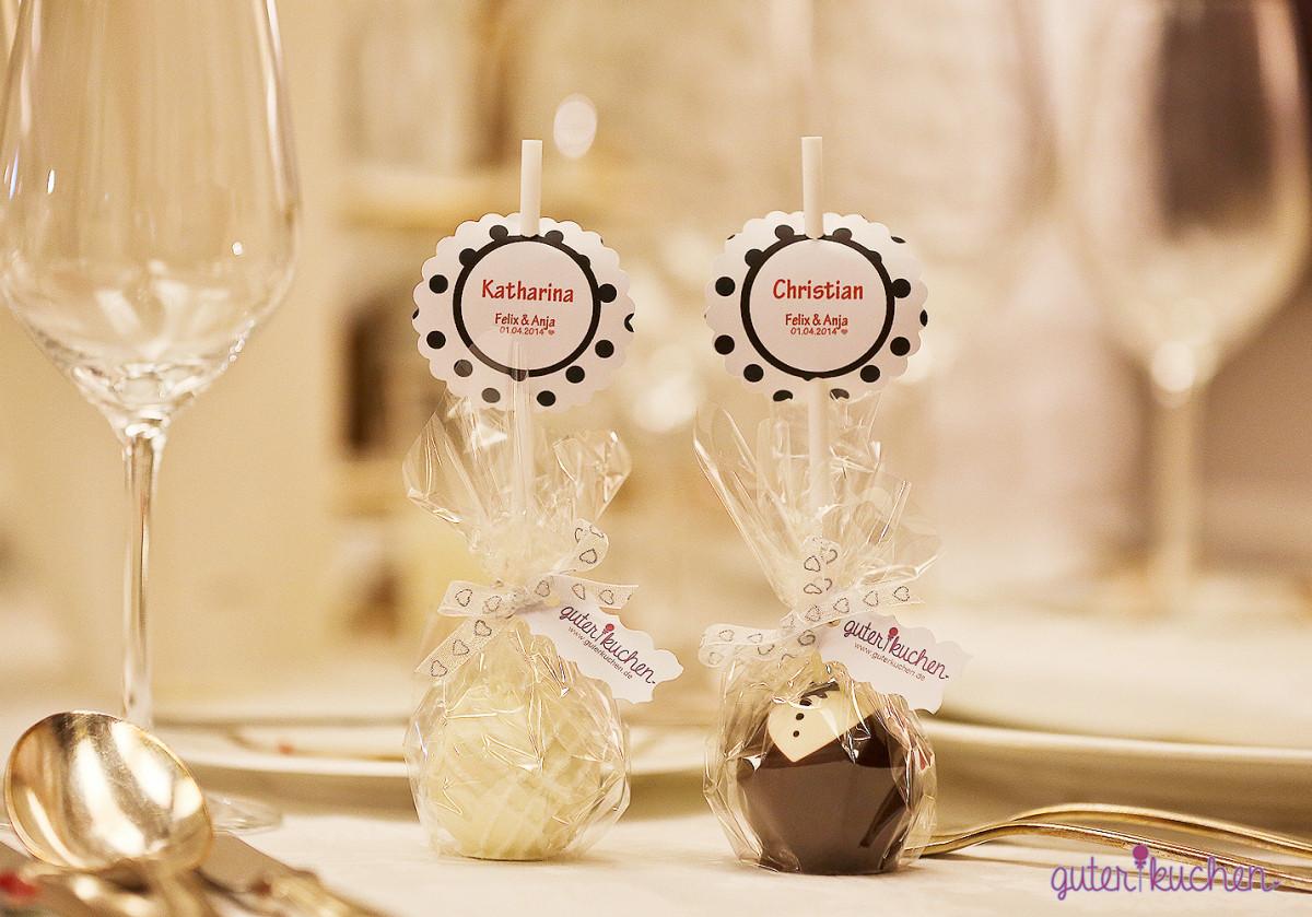 Cake Pop Hochzeit  Cake Pops für deine Hochzeit – Super als Platzkärtchen und