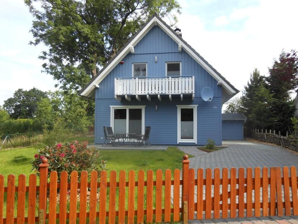 """Das Blaue Haus  """"Blaues Haus in Wieck"""" Ferienhäuser Wieck auf dem Darß"""