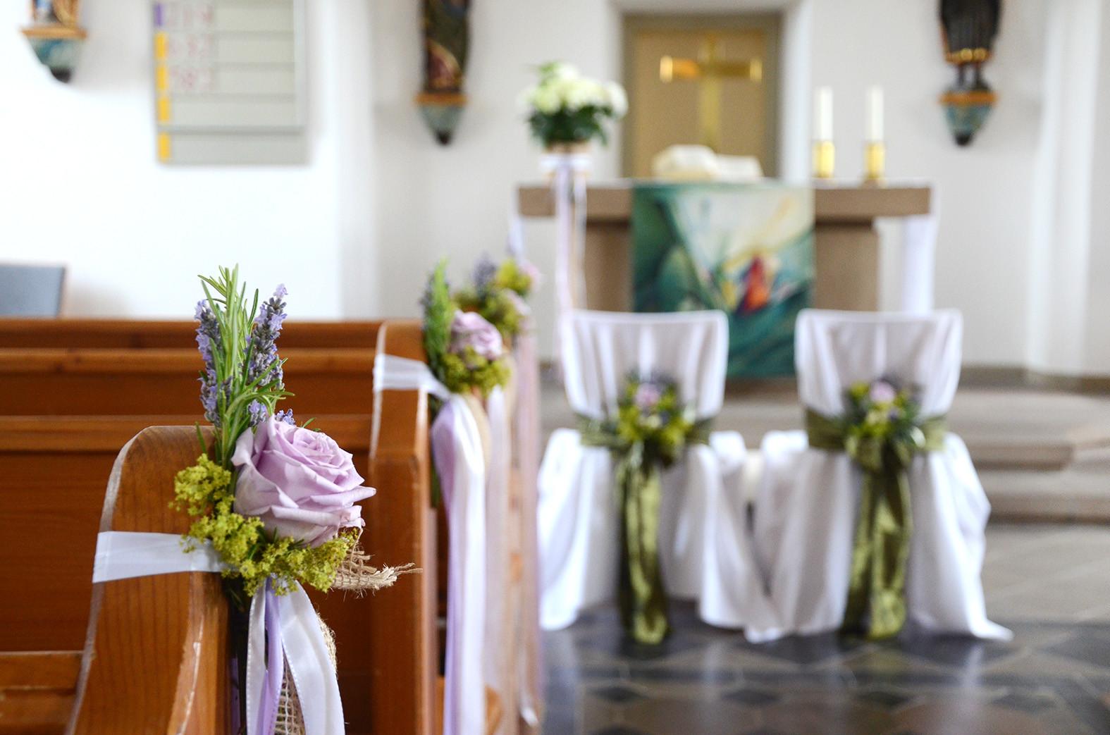 Deko Hochzeit Kirche  Hochzeit Vintage