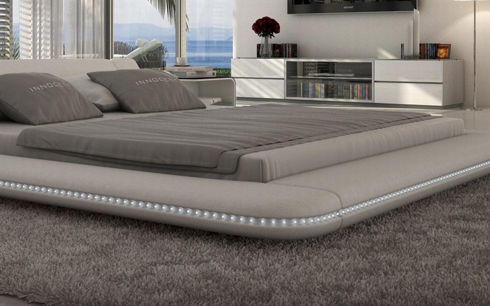 Designer Betten  Polsterbett Luxus Bett CUSTO LED Designerbett mit LED